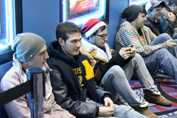 Photo+bySarah+Ritter.%0ALeft+to+right%3A+Seniors+Chris+Madison%2C+Andrew+Allabastro+and+Aaron+Trost+wait+for+the+midnight+premiere+of+%E2%80%9CThe+Hobbit%3A+The+Desolation+of+Smaug%E2%80%9D+on+Dec.+12.+