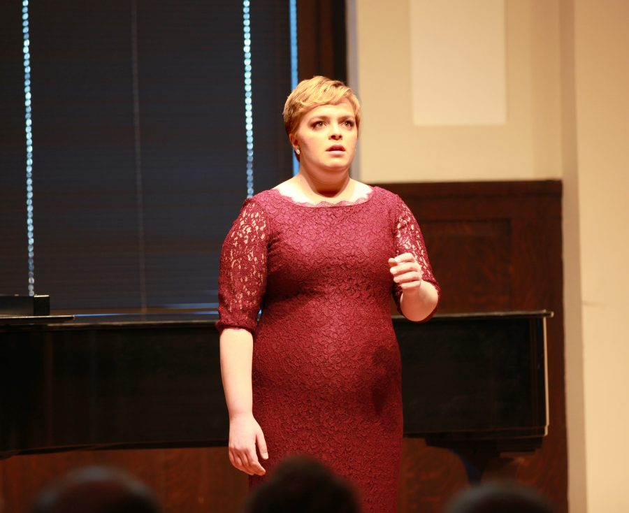 Kelsey+Schauer+performs+a+student+voice+recital+on+Jan.+18+in+Denkmann+Memorial+Hall.+Throughout+winter+term%2C+students+are+performing+solo+or+duo+student+recitals+for+voice+and+a+variety+of+instruments.+An+upcoming+recital+by+Elyziah+Powers+and+Jamie+Hochmuth+will+take+place+on+Jan.+28+.%0APhoto+by+Alexander+Cintado.