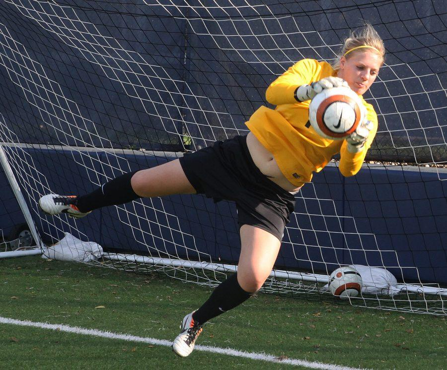 Senior+Meredith+Chew++snatches+the+ball+during+practice+Sept.+28.+The+women%E2%80%99s+soccer+team+will+be+going+up+against+CCIW+rival+Illinois+Wesleyan+on+Oct.+3+at+Illinois+Wesleyan.