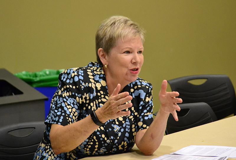 Dr.+Evelyn+Campbell%2C+Vice+President+and+Dean+of+Student+Life%2C+discusses+Before+It+Happens+being+at+Augustana.+Photo+by+Shemal+Serma.