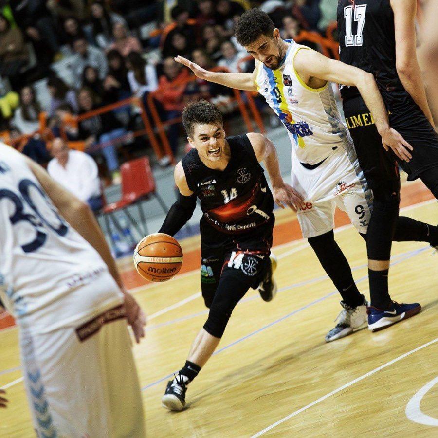 Augie Talks with Nolan Ebel (19), international basketball player