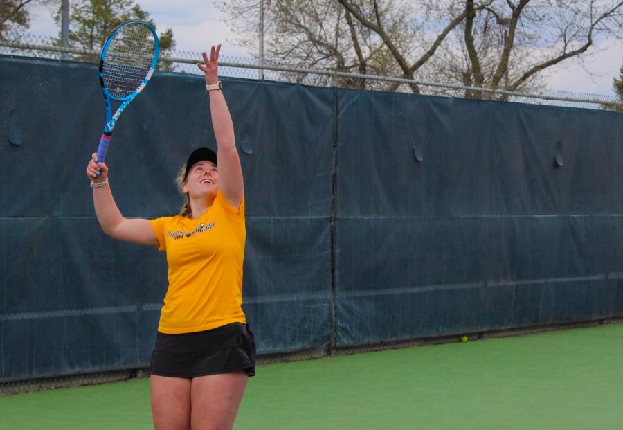 Womens tennis team ends the season right